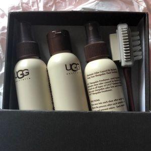 UGG sheepskin care kit never worn